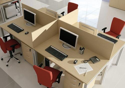 Aranżacja biurka slim II - Wynajem mebli biurowych